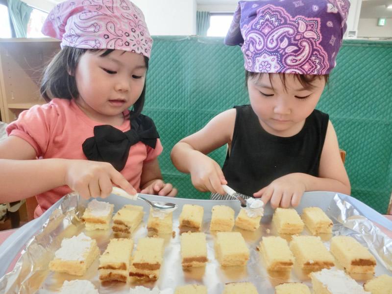 西新の保育園 にしじん森の子保育園|お菓子作り