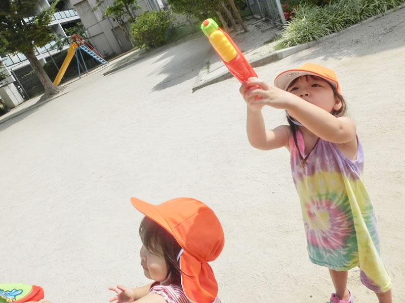 西新の保育園 にしじん森の子保育園|8月 夏のお遊び
